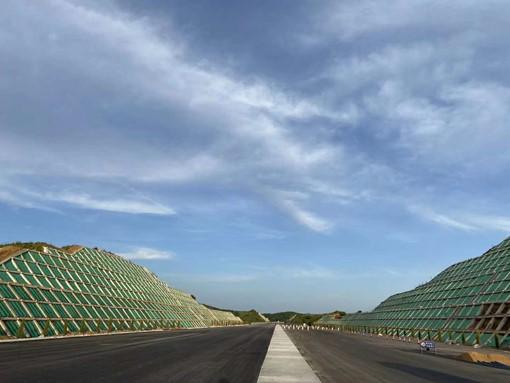 植生袋在甘肃某高速绿化上的成功运用案例
